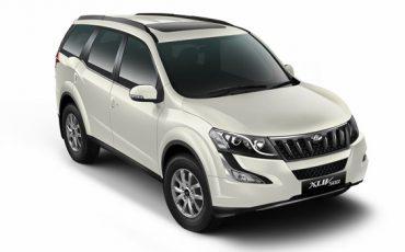 Mahindra XUV500 W10 AT